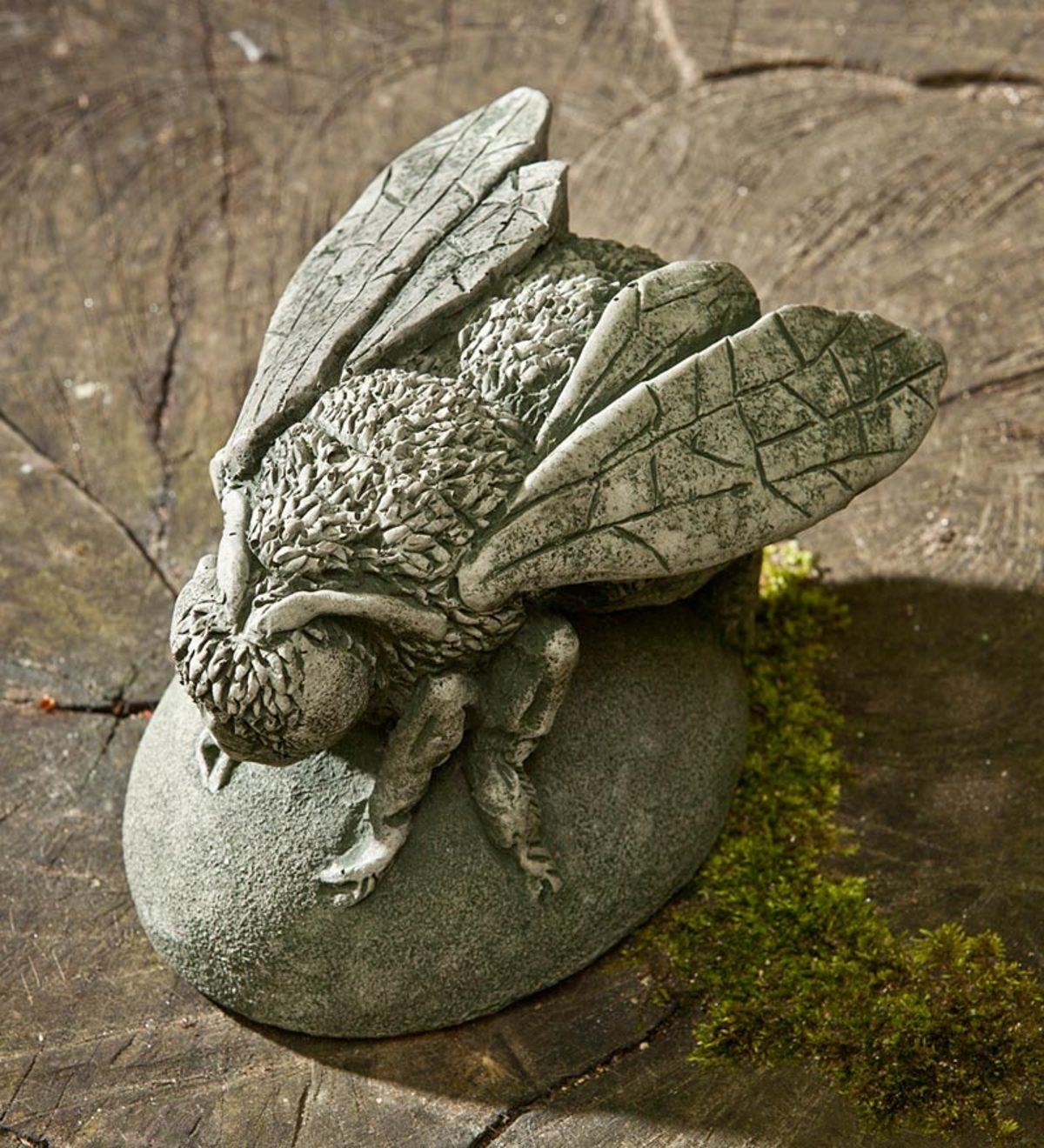 USA-Made Handcrafted Cast-Stone Bee Buzz - Copper Bronze