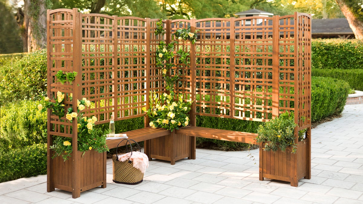 Outdoor Eucalyptus Privacy Screen Trellises and Planters ...