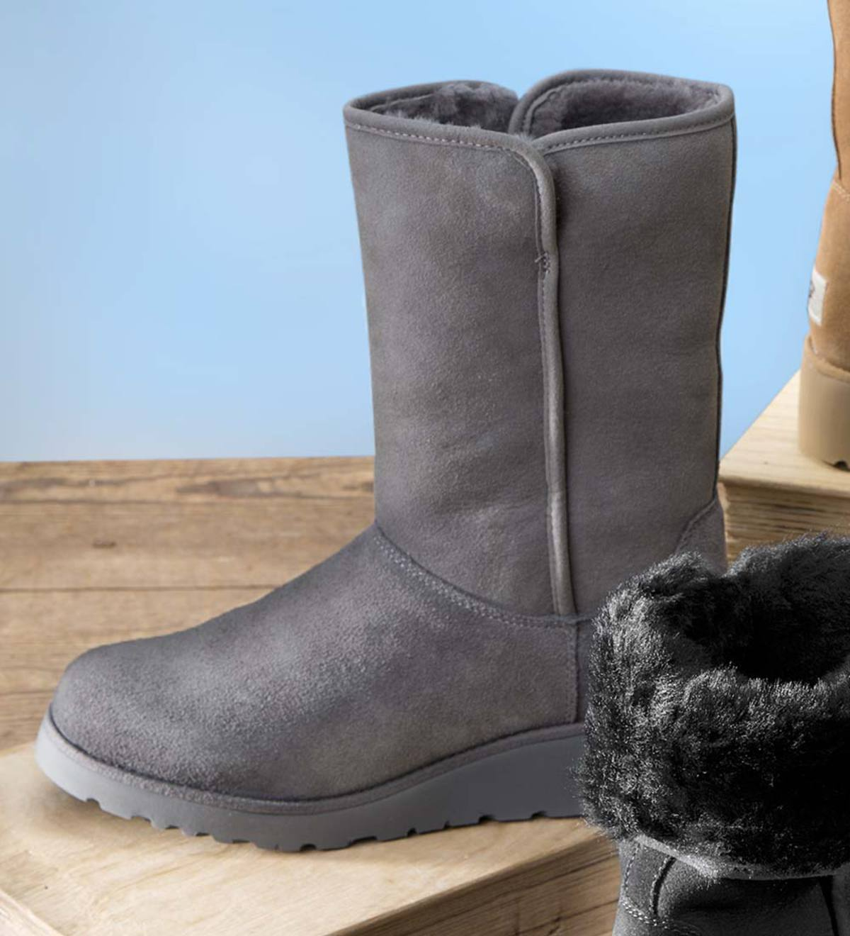 52f34615b89a8 UGG Women s Amie Boot - Grey - Size 8