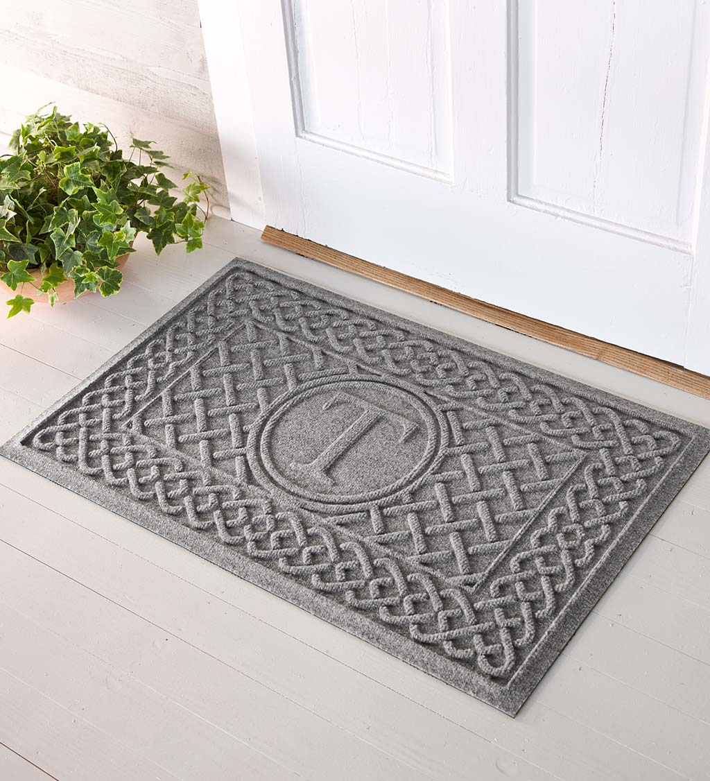 Waterhog Cable Weave Doormat with Single Initial, 2' x 3' swatch image