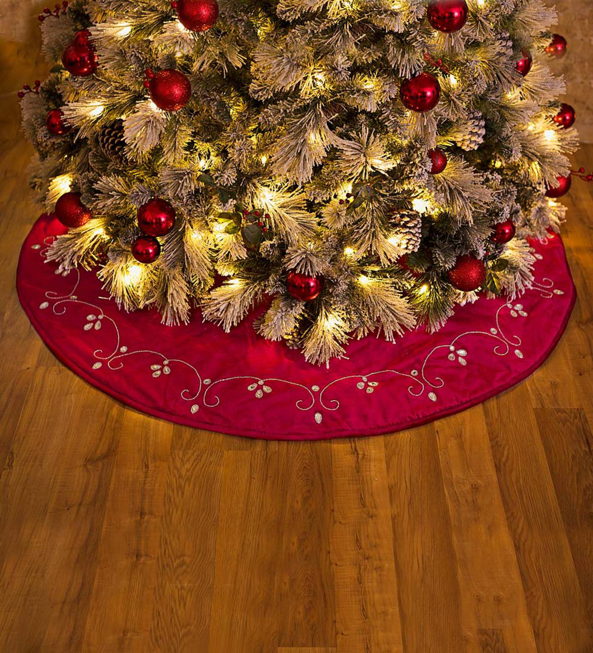 Deep Red Poinsettia Flower Elegant One Holiday Tree Skirt Baby It/'s Cold Outside Ice Blue Christmas Home Decor Festive Floral Fabric