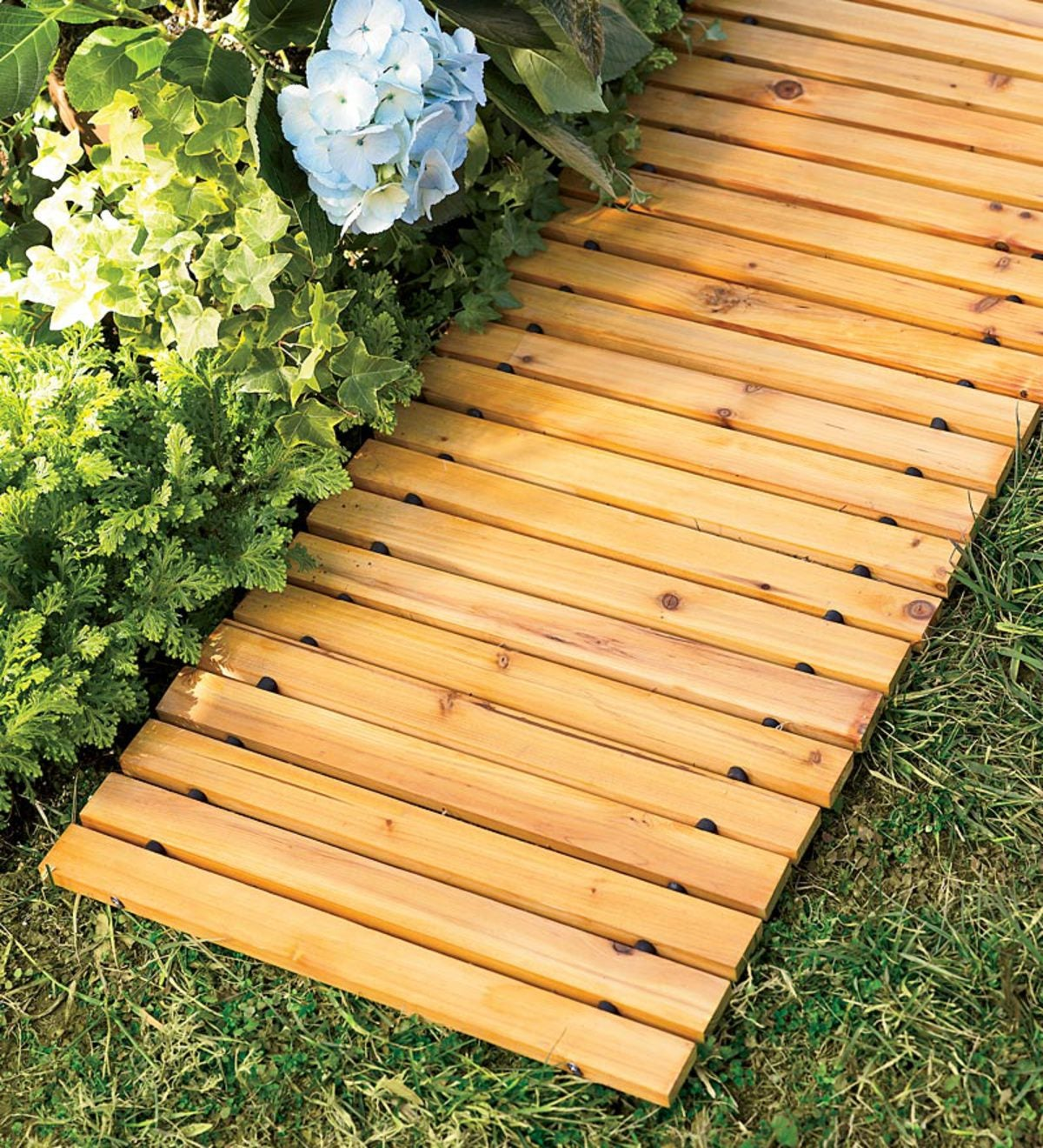 8' Weather-Resistant Straight Cedar Pathway