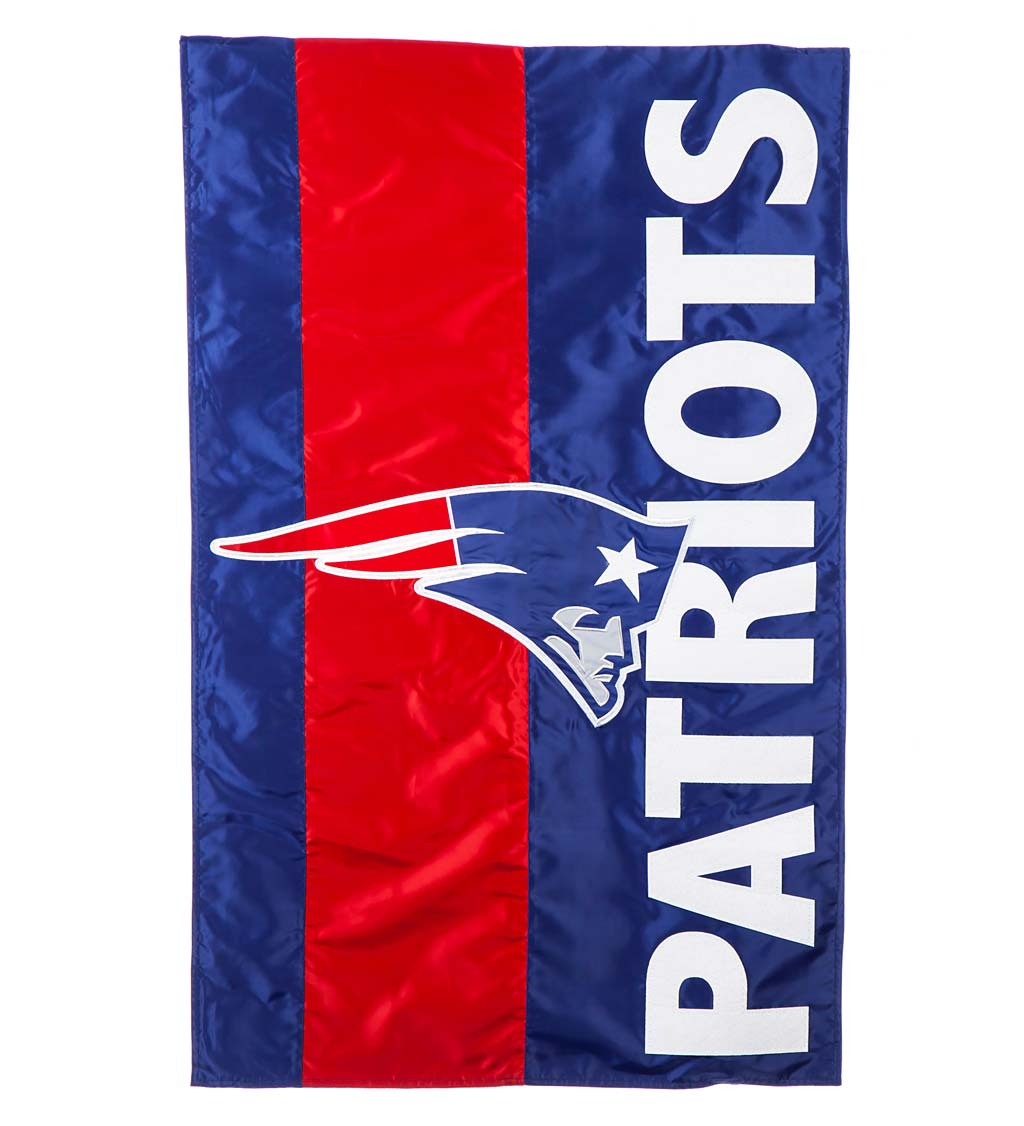 Double-Sided Embellished NFL Team Pride Applique House Flag swatch image