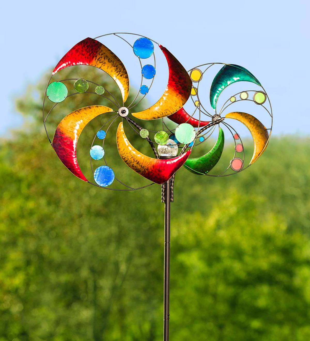 Double Swirling Wheels Wind Spinner with Solar Ball