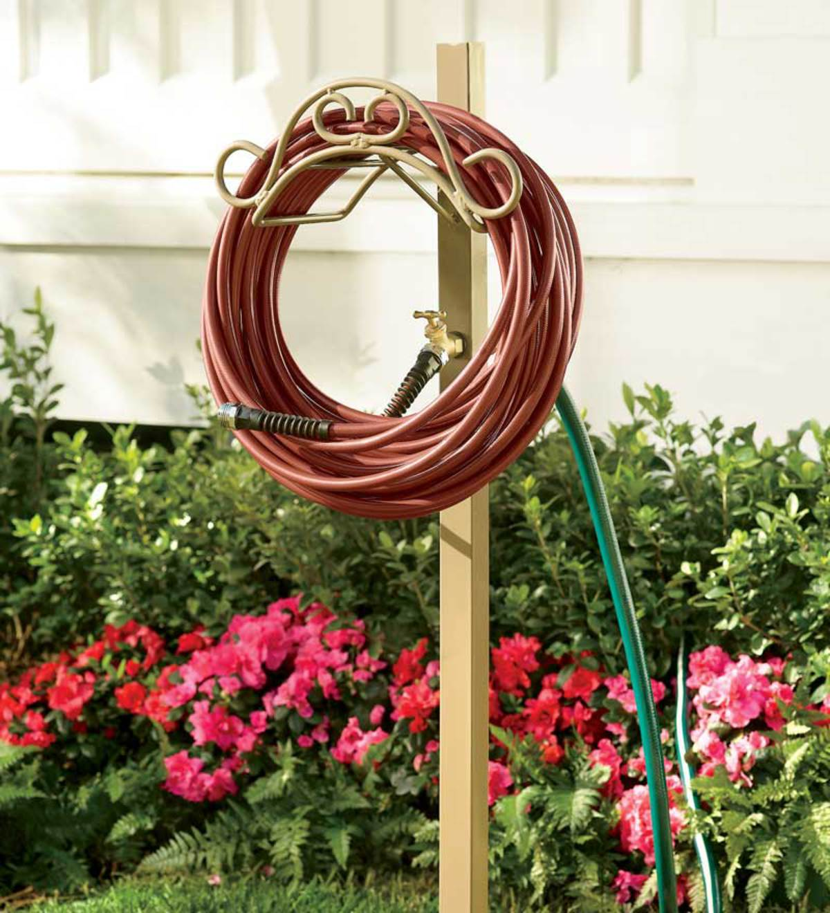 Handy Hose Hanger Post With Faucet And 5u0027 Lead Hose Hookup