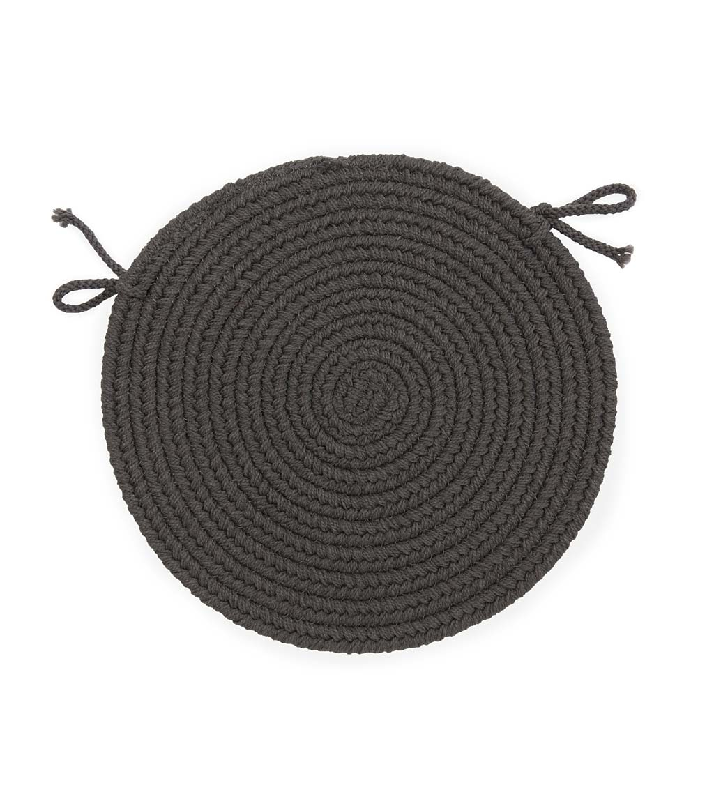 Indoor/Outdoor Braided Polypro Roanoke Round Chair Pad with Ties