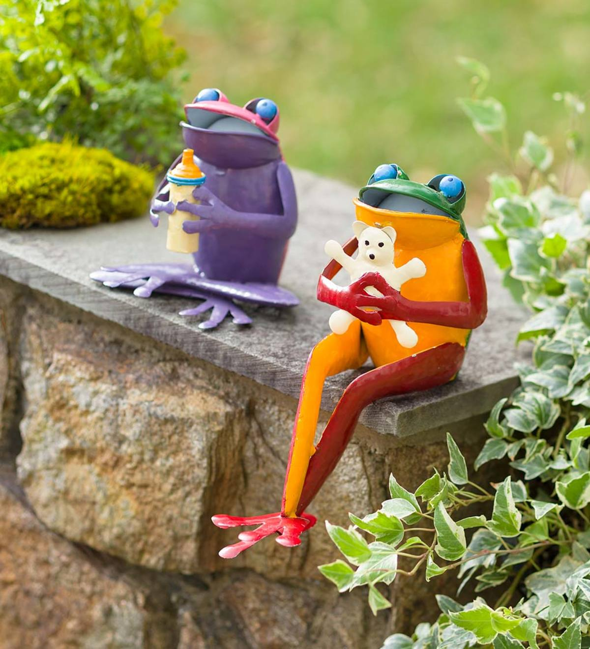 Recycled Metal Baby Frog Garden Art Statues Set Of 2 Plowhearth