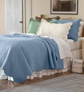 "68""L x 86""W Twin Cotton Quilt with Traditional Puckered Matelassé Patterns - BLUE"