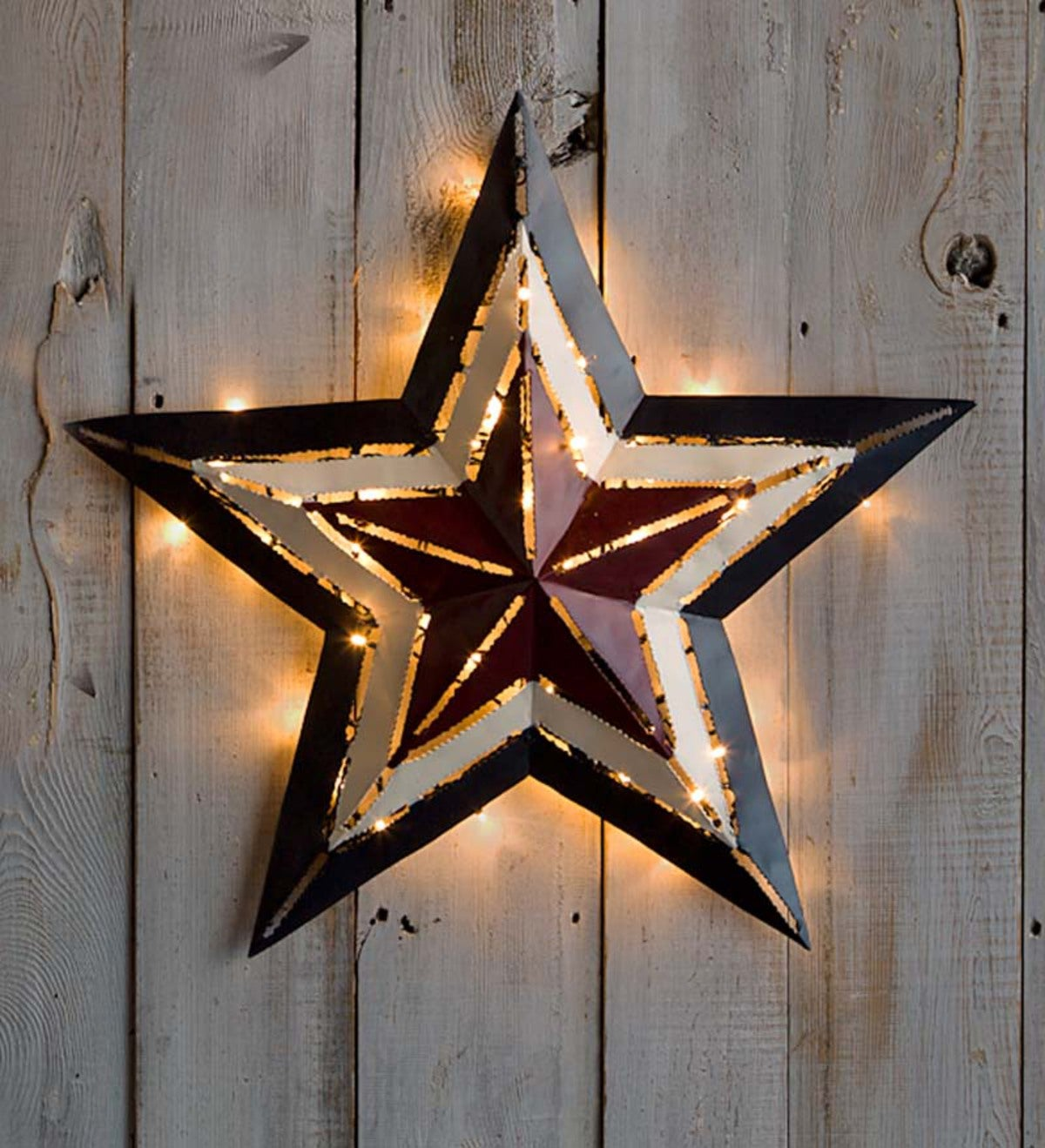 "Medium Lighted Americana Metal Star, 21½""dia."