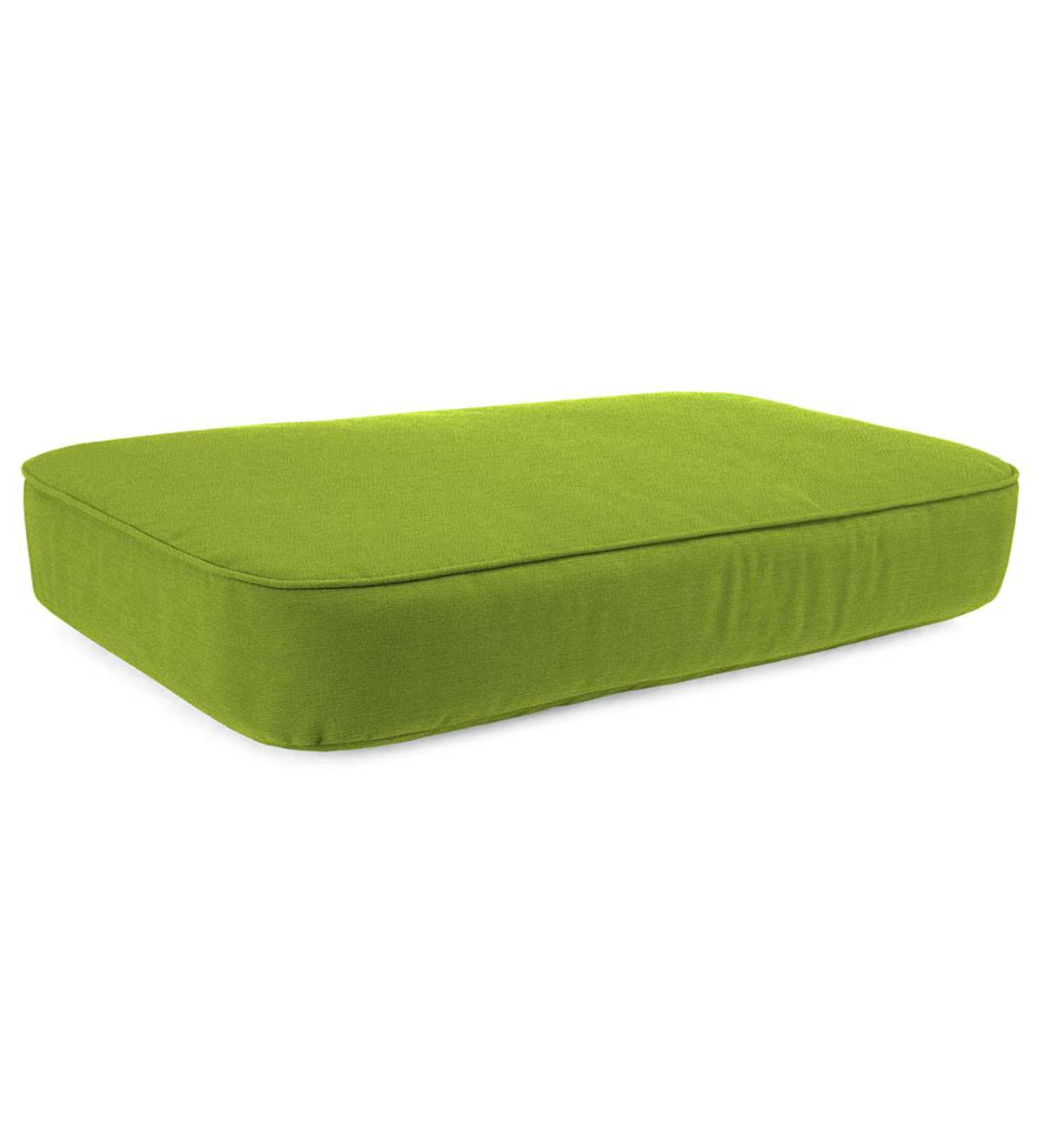 Deluxe Polyester Chaise Cushion, Prospect Hill - Leaf Green