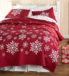Falling Snow Embroidered Quilt Set