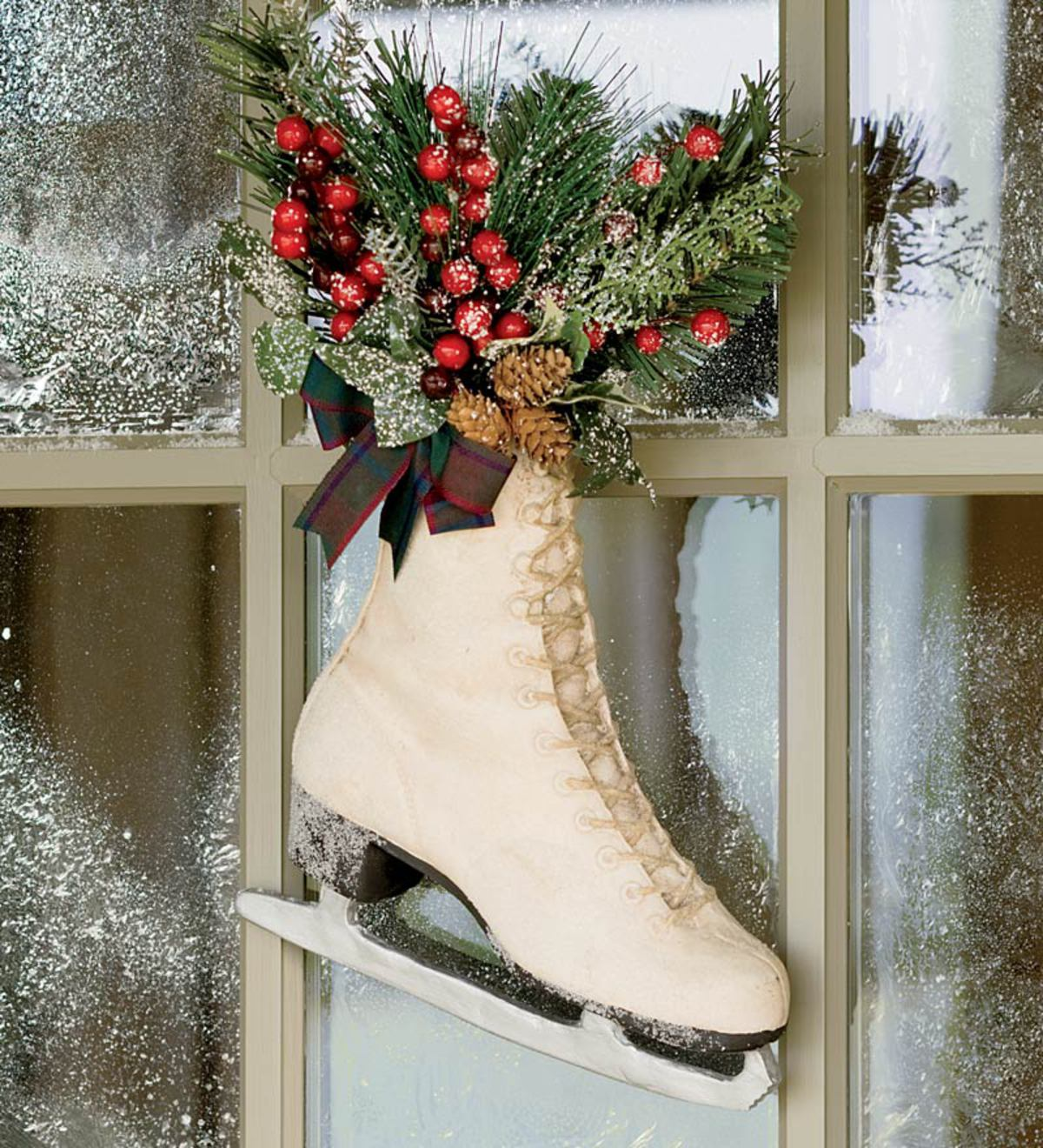 ice skates decor Ice Skate Rail Winter Door hanger Christmas door hanger Christmas decor Rail winter decor