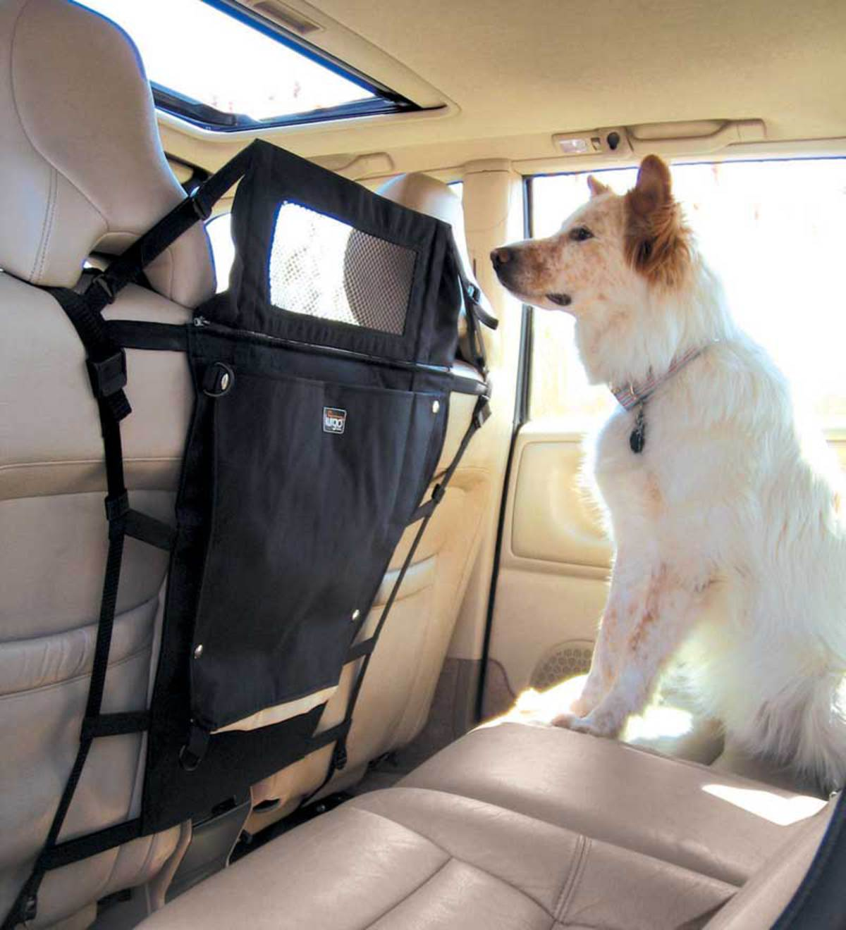 Nylon and Steel Back Seat Pet Partition Barrier with Window