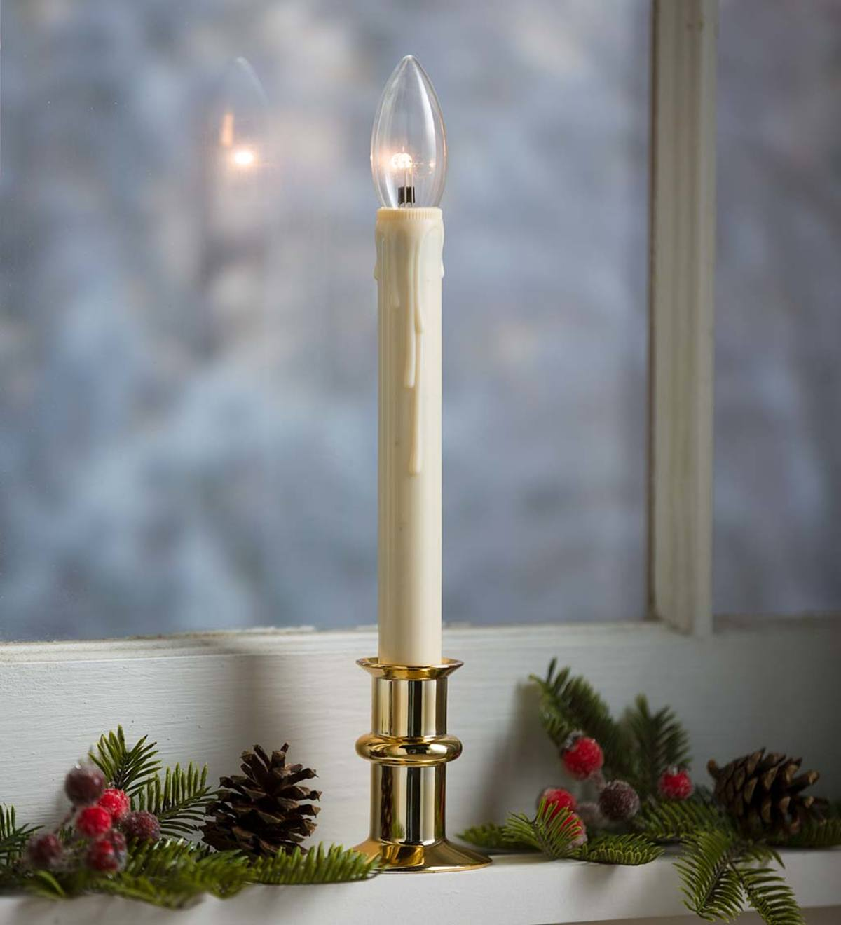 Adjustable Window Hugger Candles with Slim Base and Timer