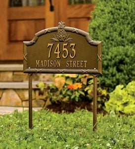 Pineapple Lawn Personalized Address Plaque - Black/Gold
