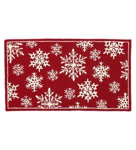 Indoor/Outdoor Snowflakes Holiday Hooked Accent Rug