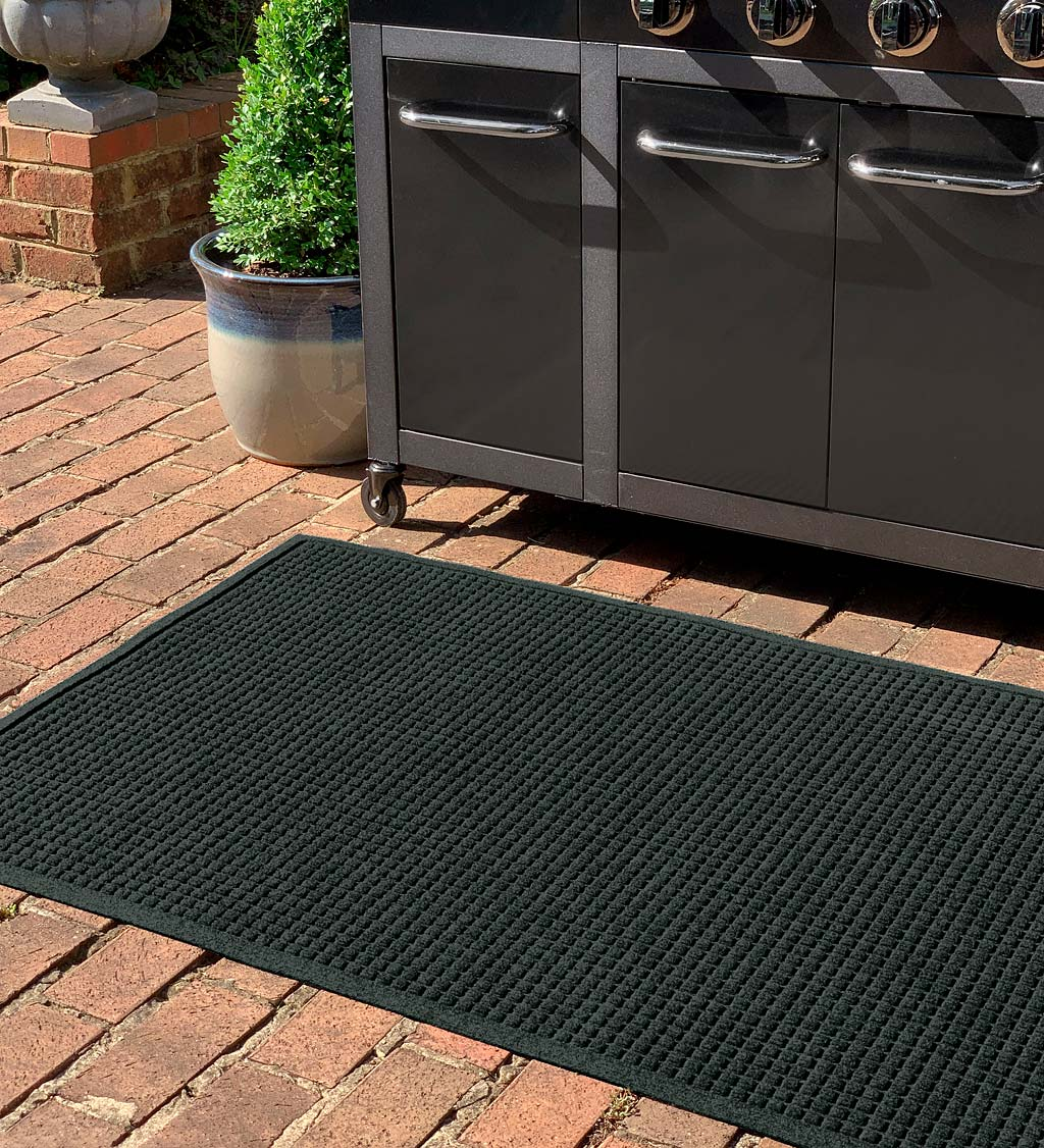 Waterhog Square Pattern Grill Mat, 3' x 5'