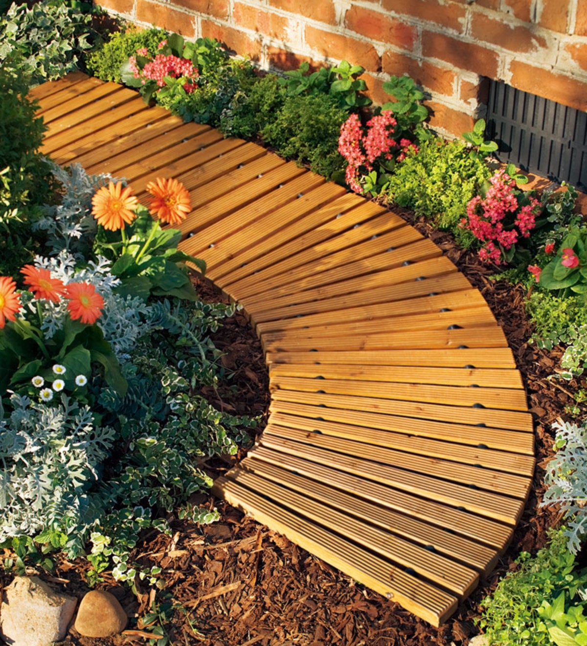 4'L Roll-Out Curved Hardwood Pathway | Pathways & Stepping ...