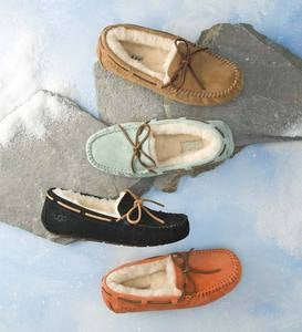 UGG Australia Womens Dakota Moccasin Slippers