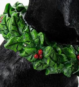 Black Labrador Statue with Solar Lighted Holiday Wreath