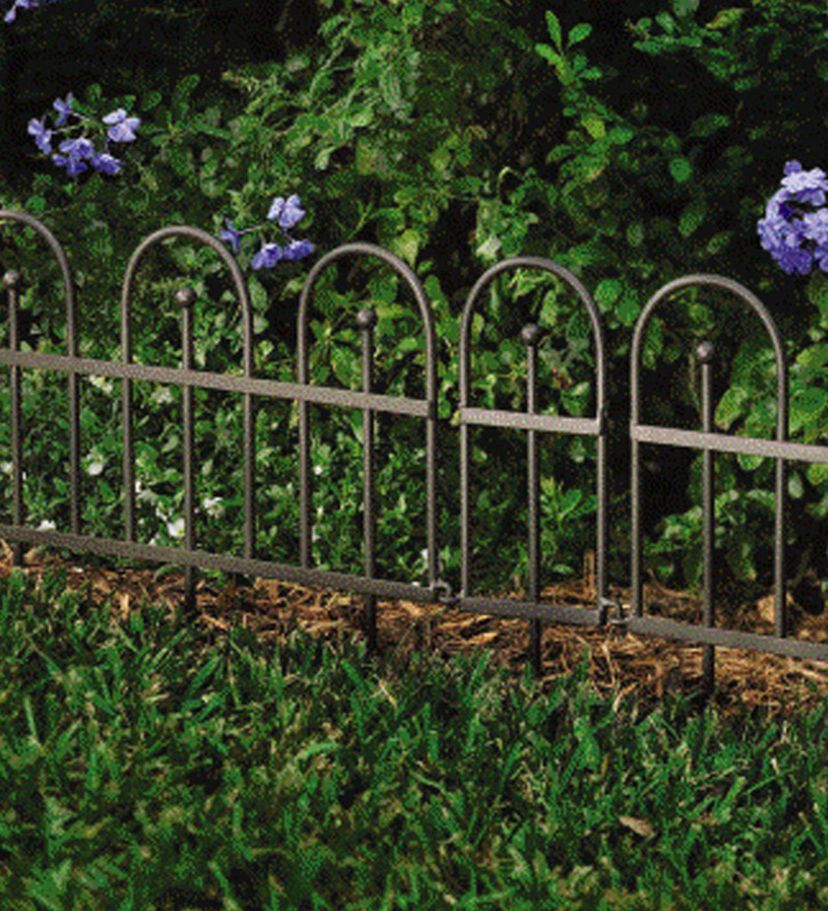 Easy-Locking Garden or Flower Bed Iron Fence Edging