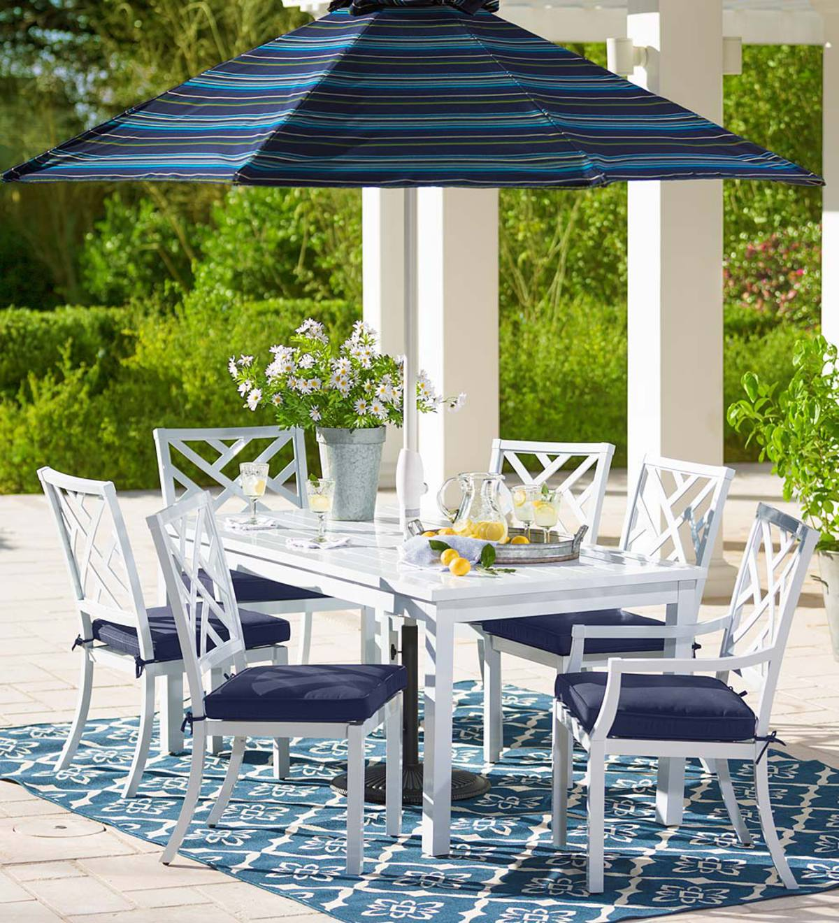 Outdoor Dining Set With Cushions