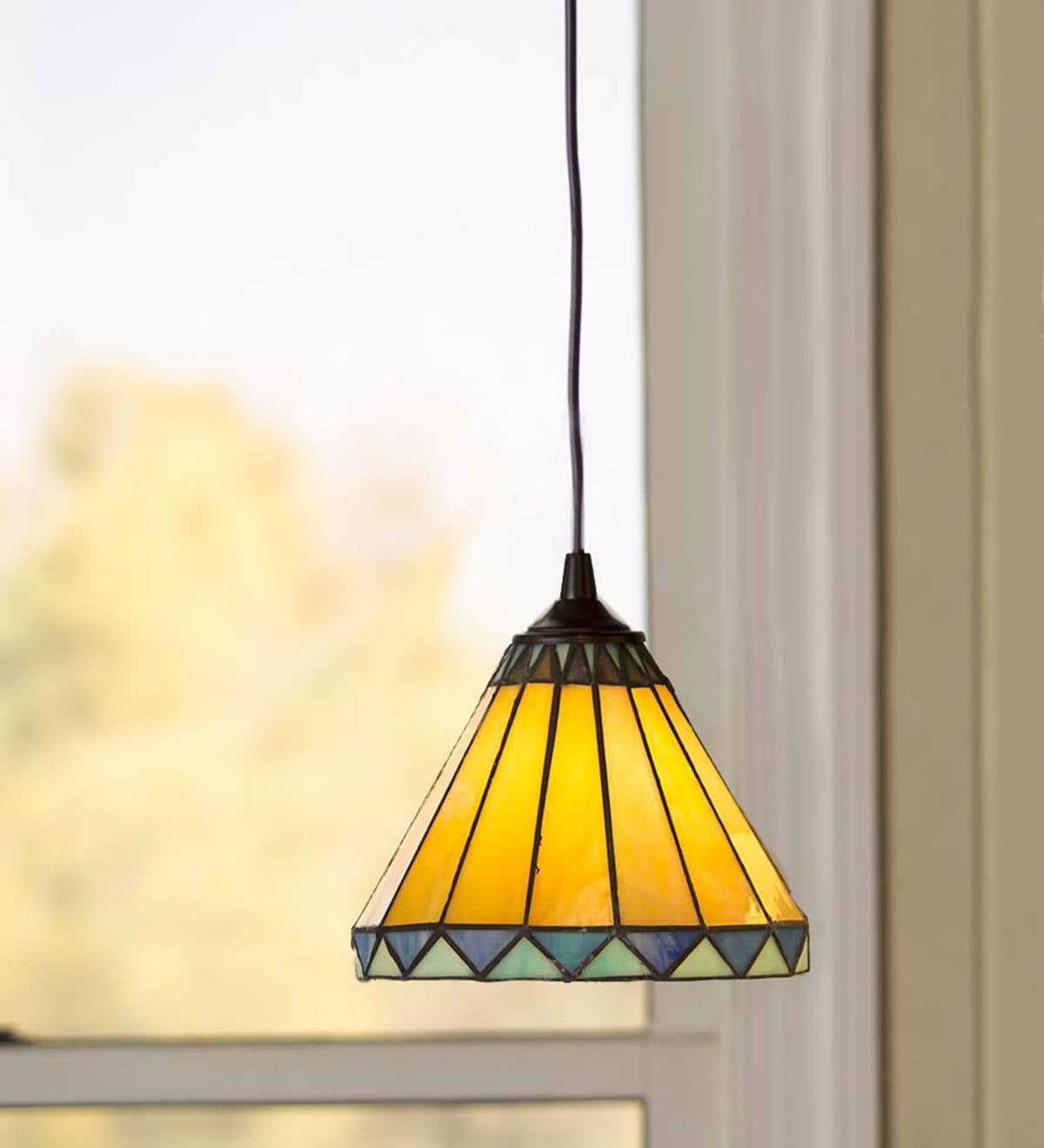 Tiffany-Style Stained Glass Pendant Light