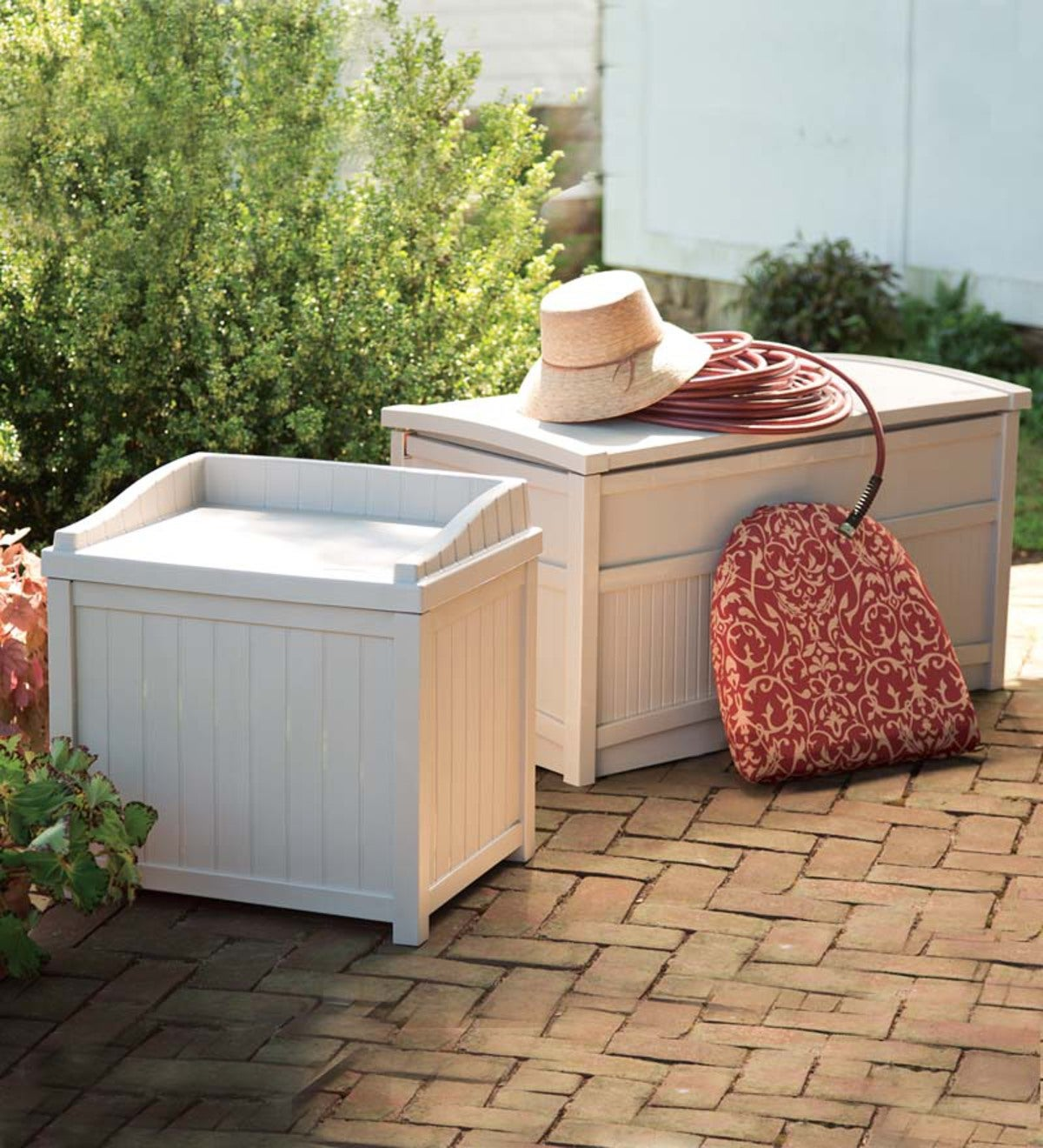 Weather-Resistant Maintenance-Free Resin Storage Boxes With Stay-Dry Lids