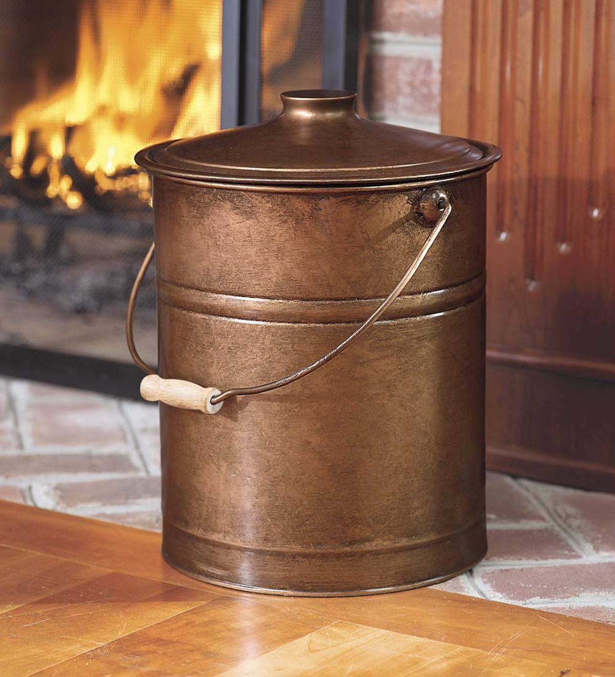 Deluxe Galvanized Ash Bucket with Handle, Lid and Double-Layer Bottom