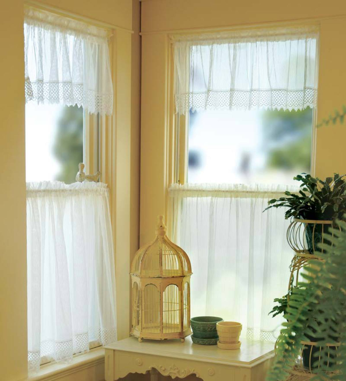 Machine-Washable Chelsea Lace Valances, Tiers And Panels