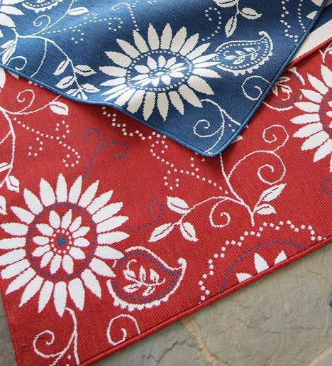 "Lexington Bandana Indoor/Outdoor Rug, 7'10""x 10'10"""