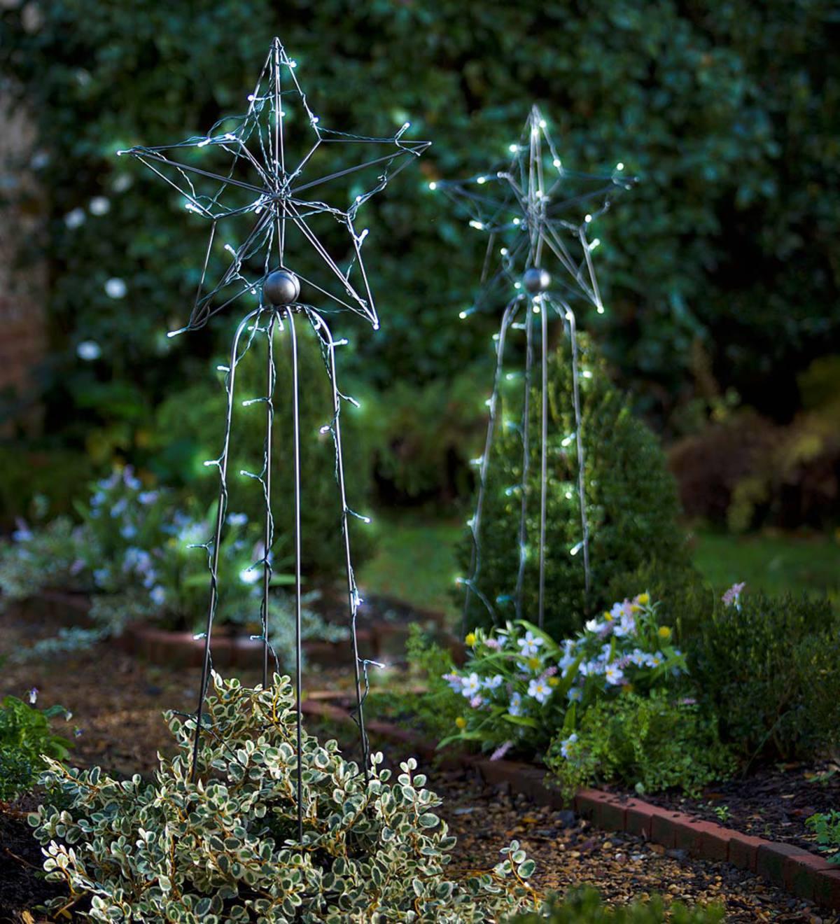 Wrought Iron Garden Obelisk - Bird