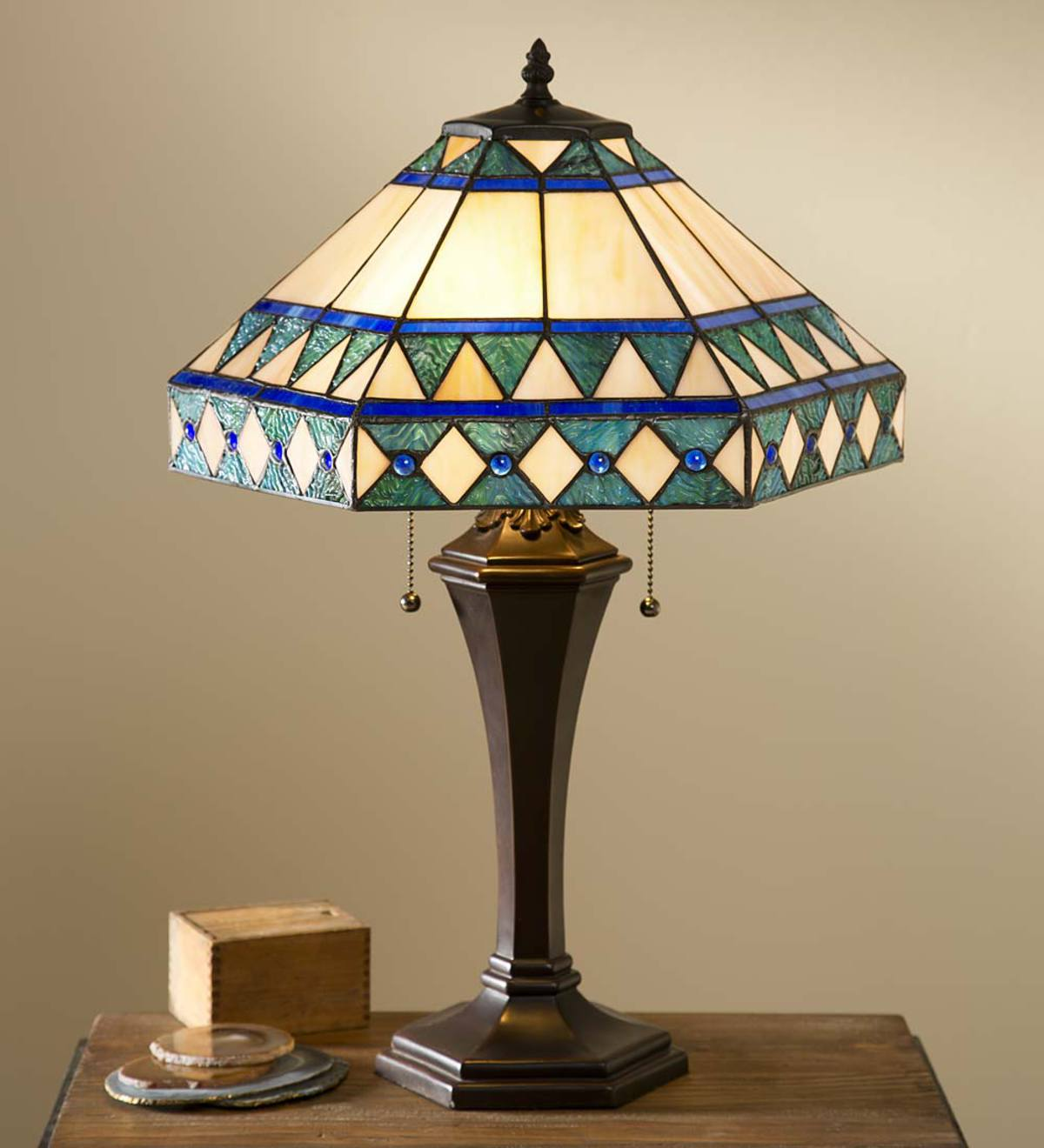 Camden Tiffany Table Lamp