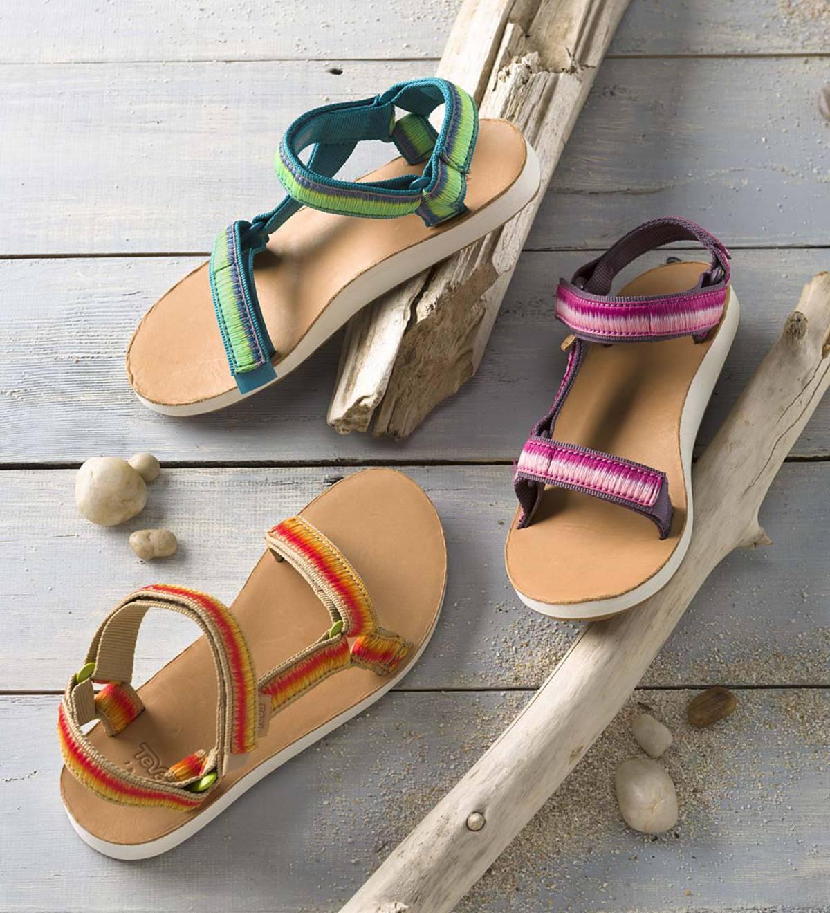 f011a1f484e59 Teva Women's Original Universal Ombre Sandals | PlowHearth