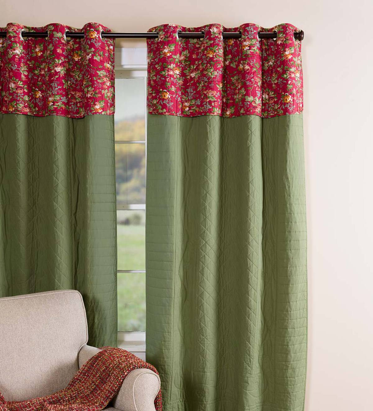 Insulating Window Quilt Valance with Grommets