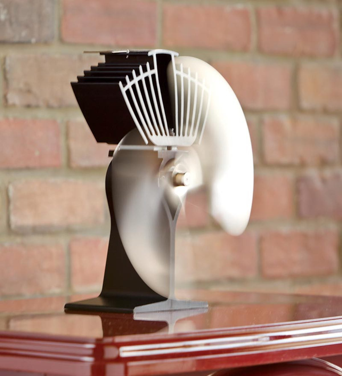 Caframo Heat-Circulating Stove Powered Ecofans