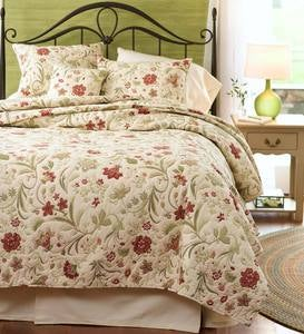 Queen Jacobean Vine Quilt Set