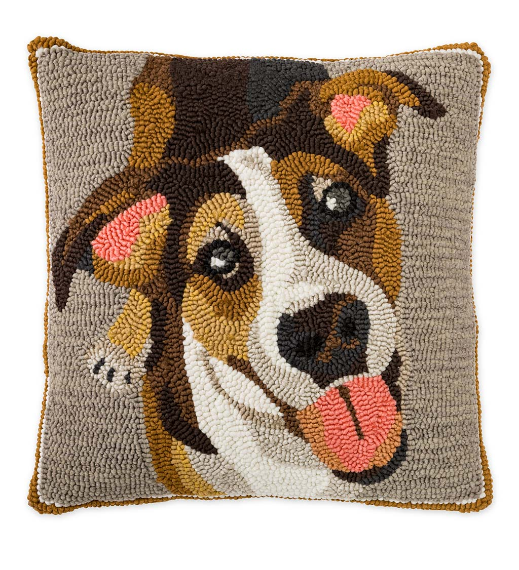 Indoor/Outdoor Hooked Polypropylene Dog Throw Pillow