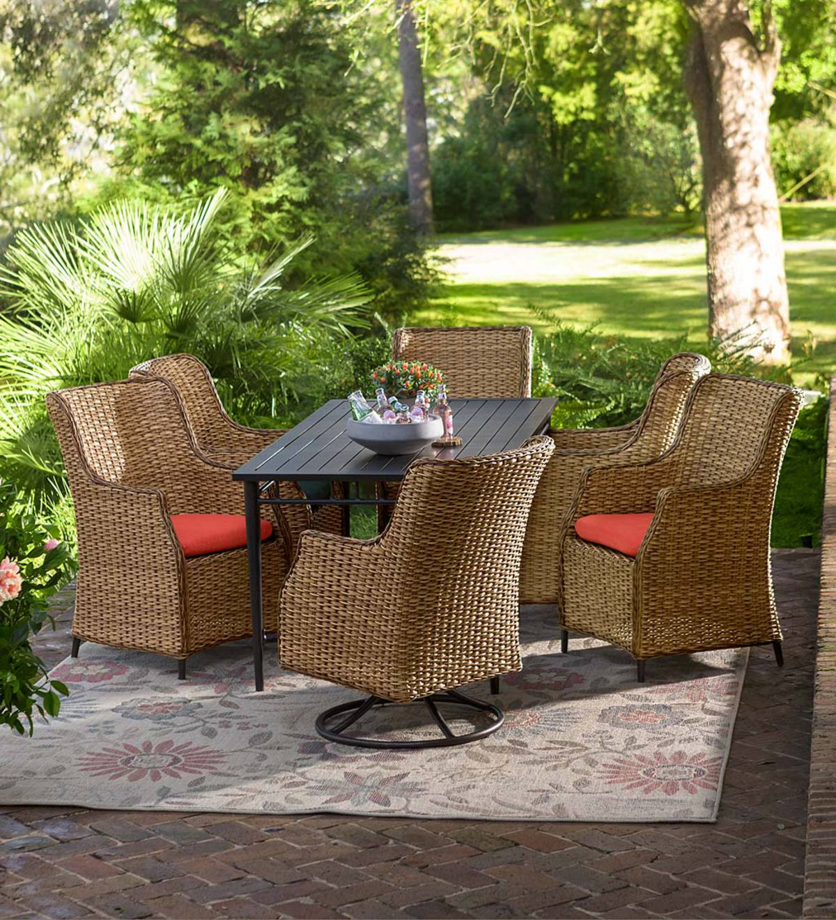 Plow And Hearth Furniture: Highland Wicker Outdoor Dining Collection