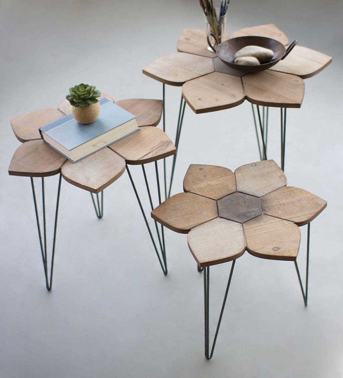 Picture of: Wood Flower Top Nesting Tables Set Of 3 Plowhearth