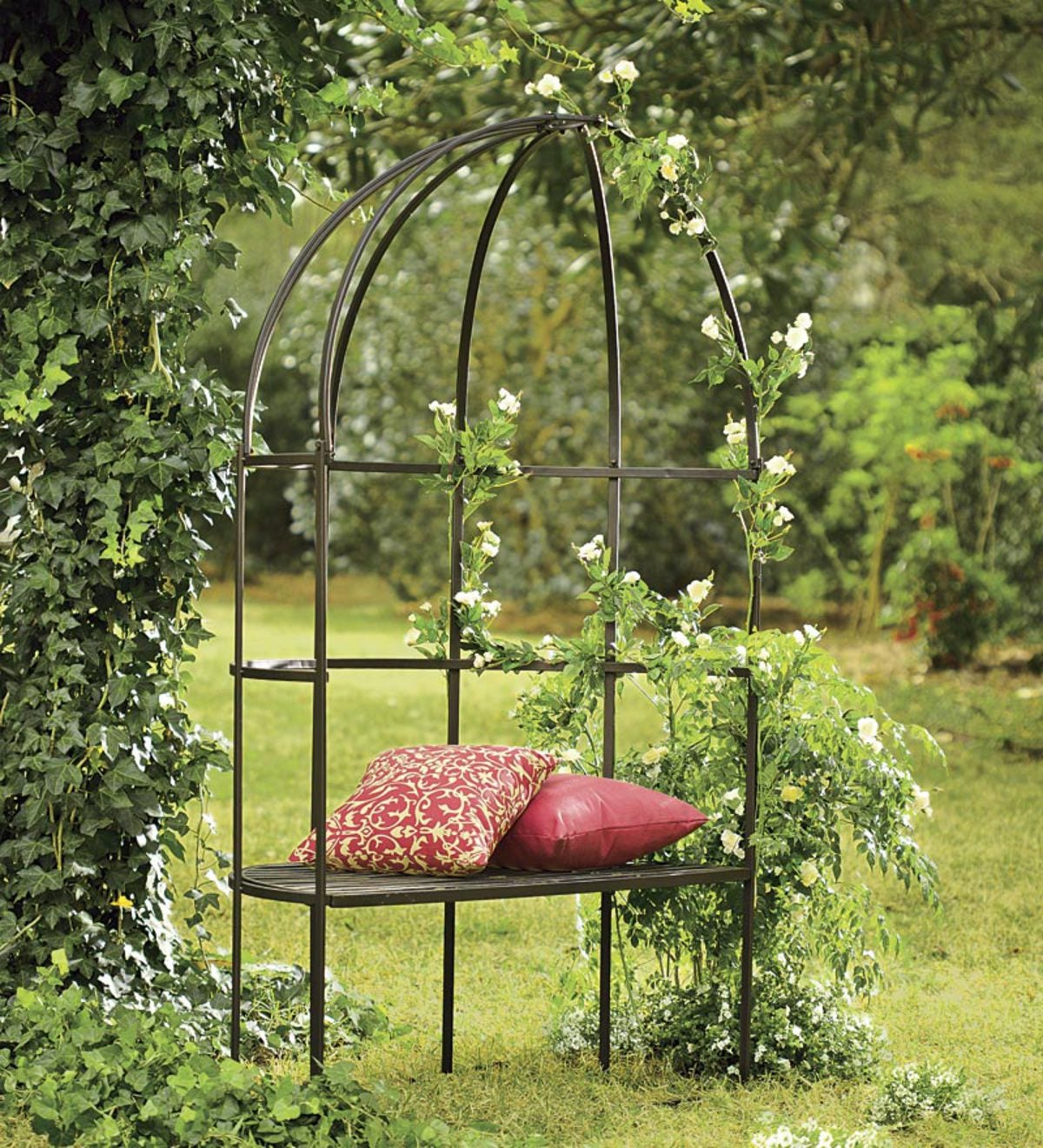 Charmant Decorative And Functional Iron Trellis Garden Bench