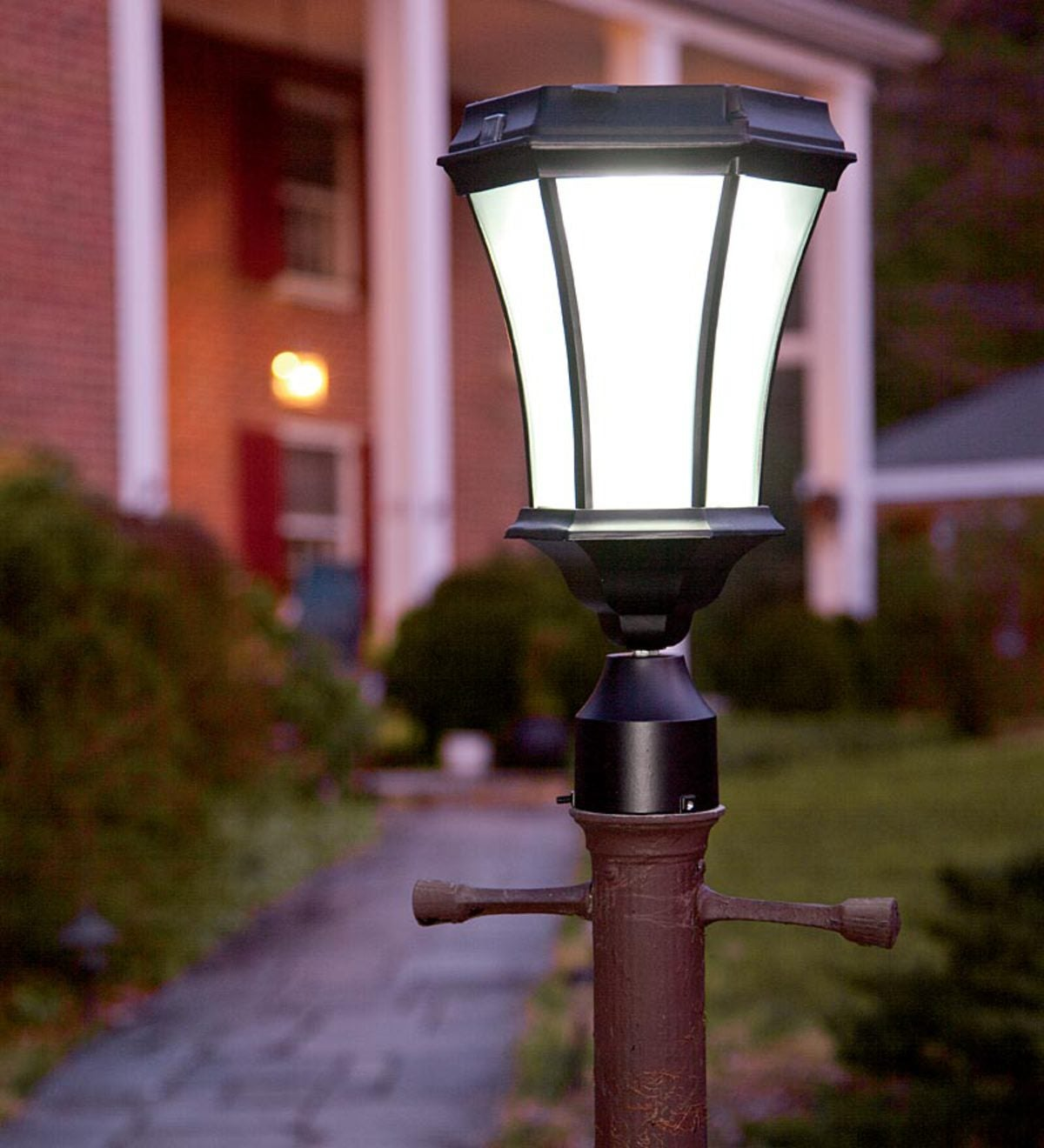 09a062a71bf Replacement Solar Post Lamp Head With Eight LEDs And Dusk-Dawn Sensor