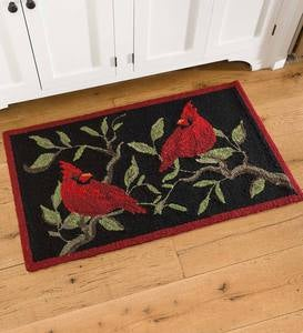 Indoor/Outdoor Cardinal Accent Rug
