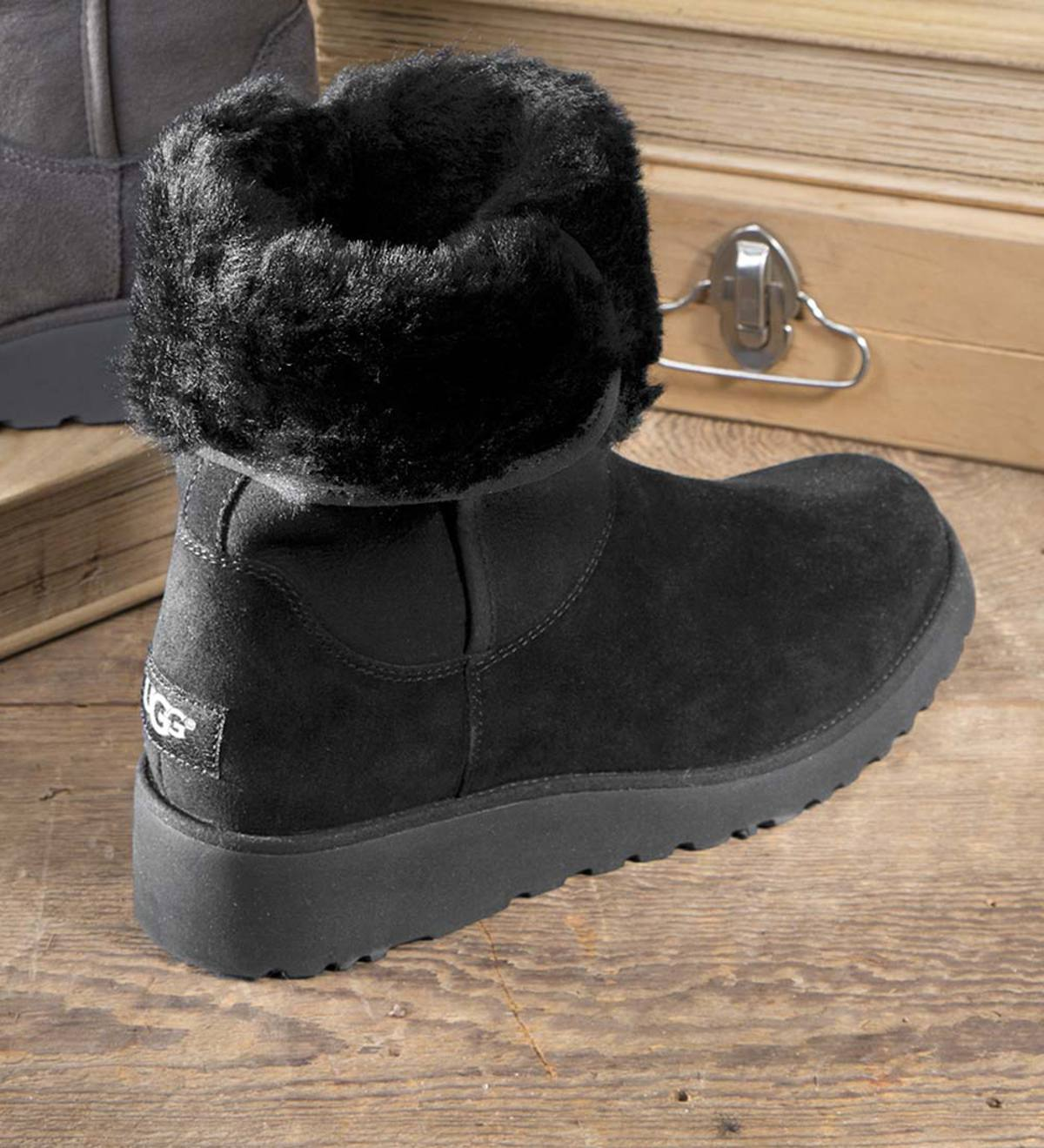 77d04686310 UGG Women's Amie Boot | PlowHearth