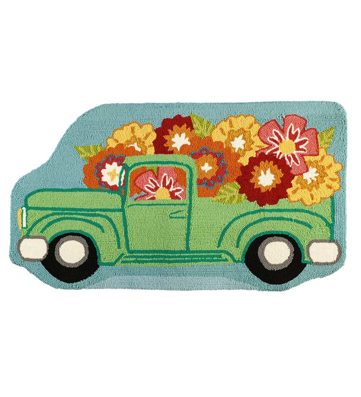 Indoor/Outdoor Truck Shaped Floral Hooked Rug