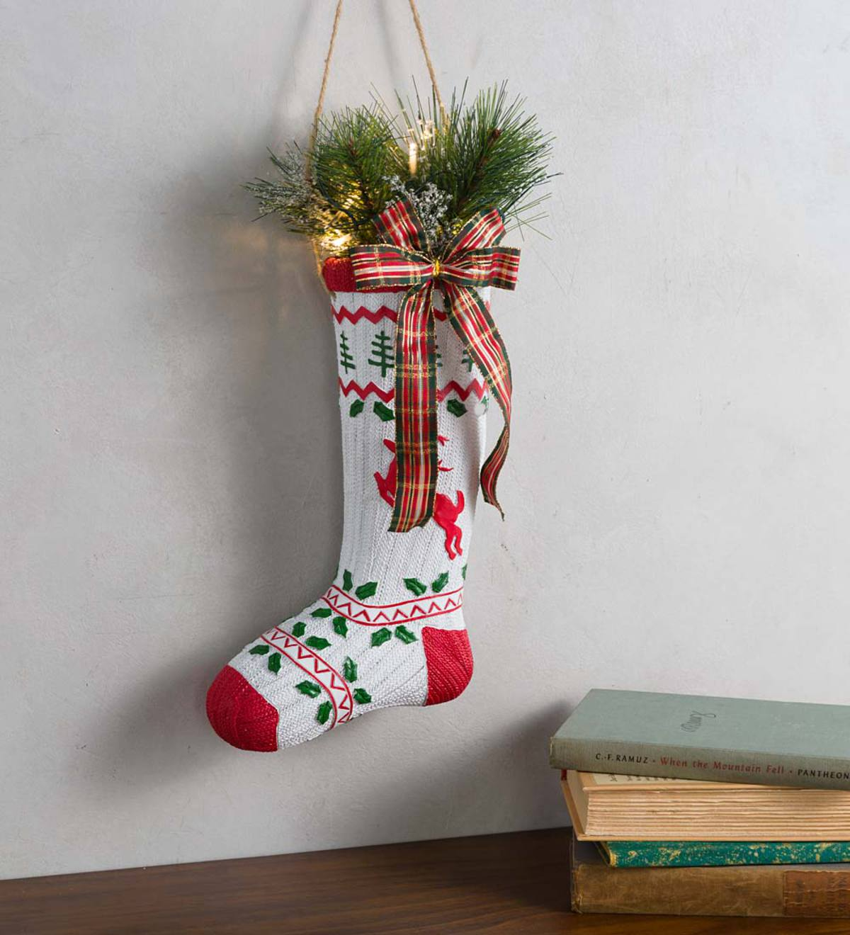Lighted Vintage Stocking Décor