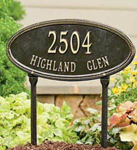 Beaded Oval Lawn Personalized Address Plaque - Black/Gold