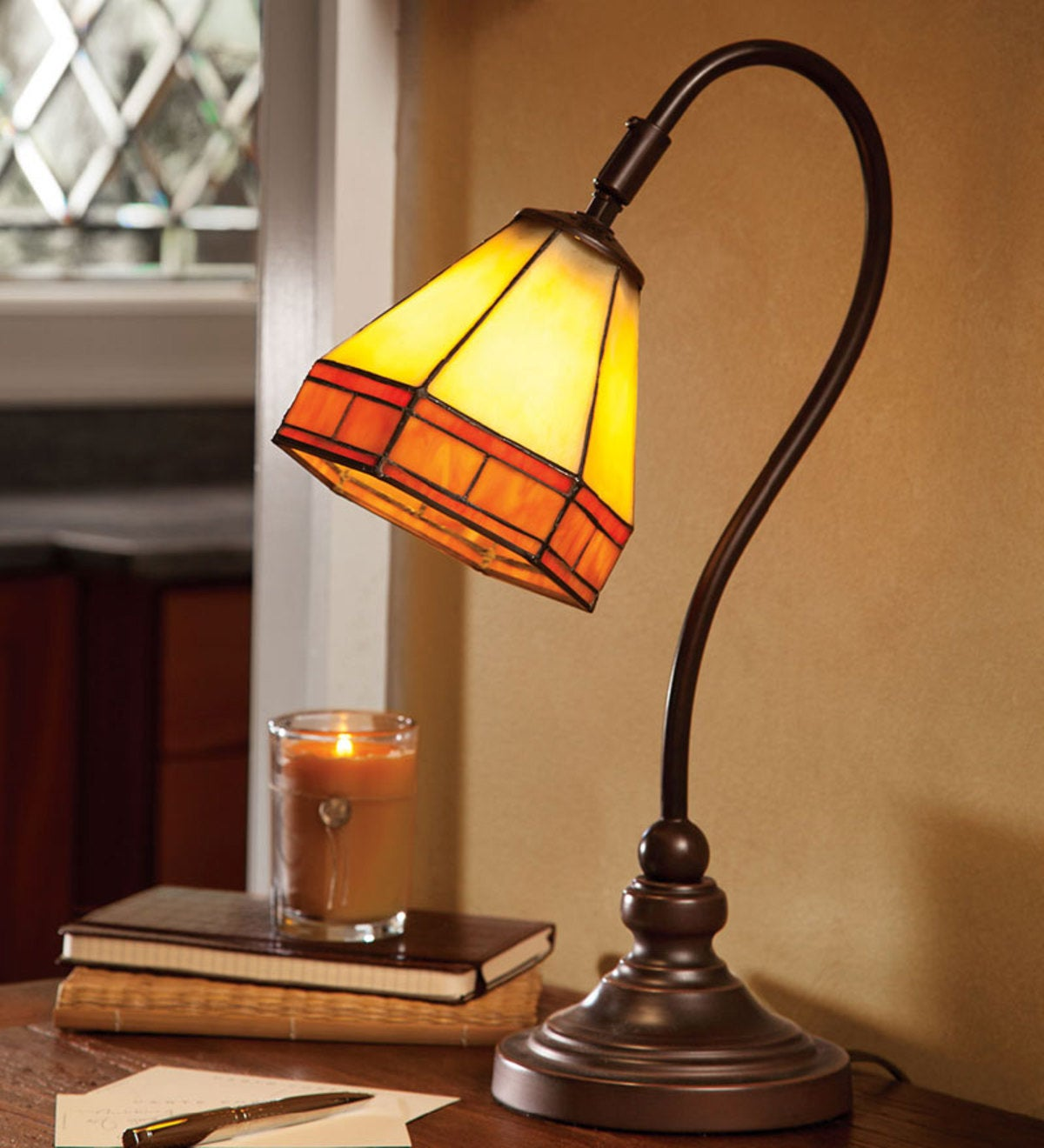 Tiffany-Style Stained Glass Mission Style Desk Lamp