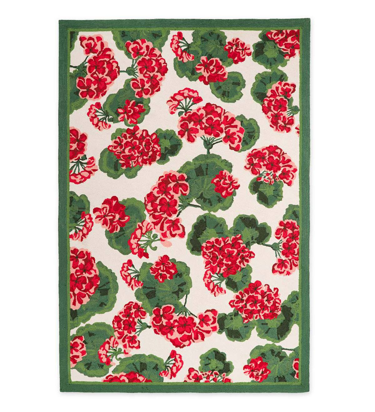 "Indoor/Outdoor Geranium Floral Rug, 2'6""x 4'"