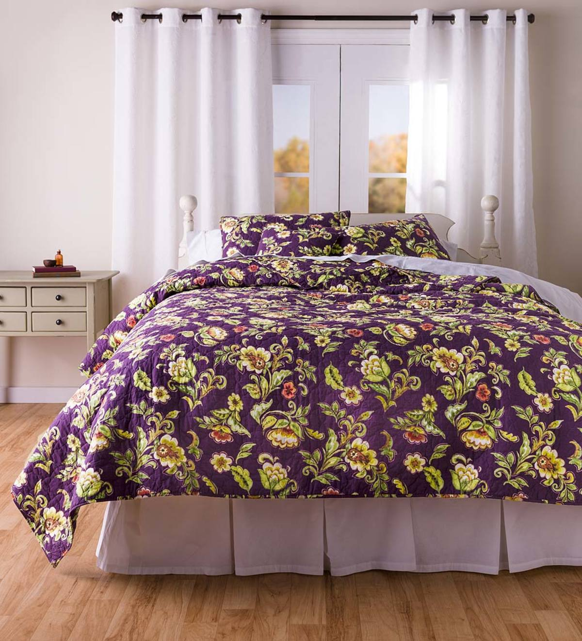 Delilah Floral Reversible Cotton Quilted Bedding